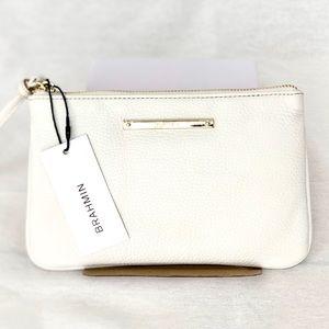 NWT🎁 Brahmin Sally White Leather Wristlet